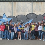 ile-10-at-the-belfast-peace-wall